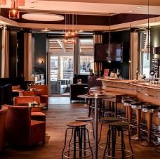 """""""HANNES"""" Café und Bar am See"""